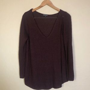 Charlotte Russe    Maroon V-Neck Slouchy Sweater